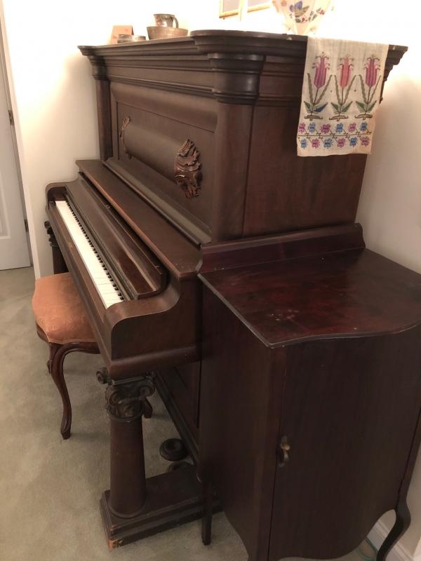 1908 BushLane Upright Piano Holds A Tune Image 3