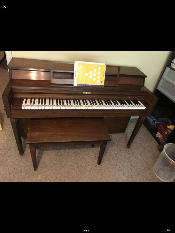 Hastings Piano Image 1