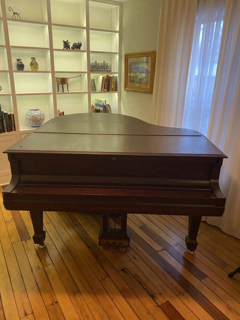 Piano 1 768x1024