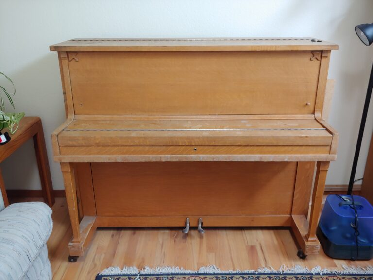 Piano front 768x576